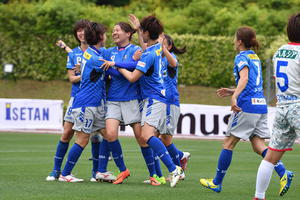 スフィーダ世田谷FC × ニッパツ横浜FCシーガルズ